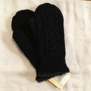 Black isotoner mittens w/suede palms NWT